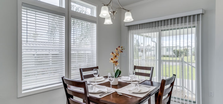 Dining room opens to screened lanai