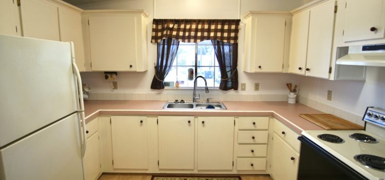 Fully-equipped kitchen with plenty of cabinets