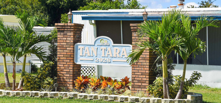 Tan Tara is located just 15 minutes to the beach